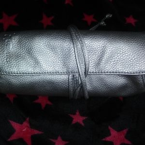 [mwt] •it•Cosmetics• roll-up, tie-up make-up bag
